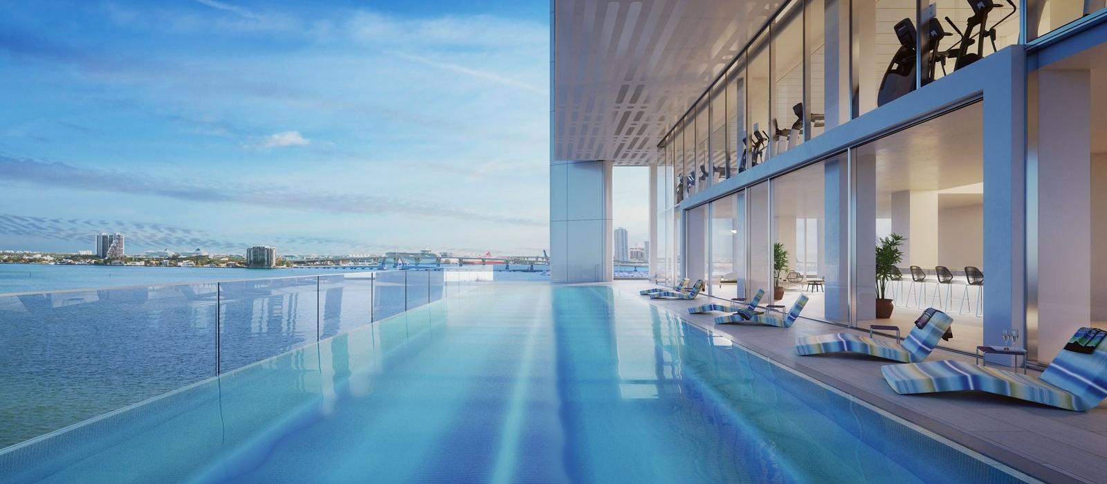 09 Bayside Terrace Infinity Pool Hor